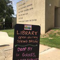 Oak View Library logo