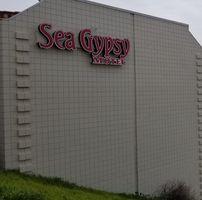 Sea Gypsy Motel logo