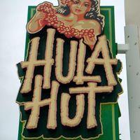 Hula Hut logo