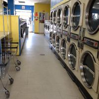 Lavasola Laundromat logo