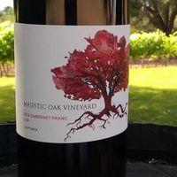 Majestic Oak Vineyard Tasting Room logo